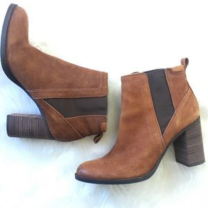 Franco Sarto Suede Pull On Size 9 Bootie
